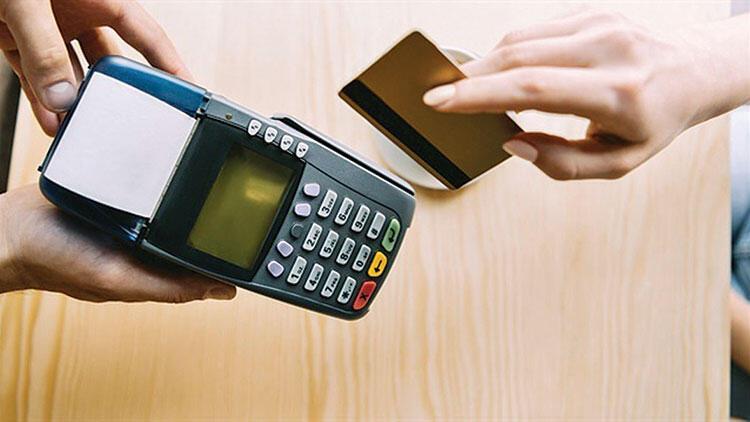 Son dakika... Karar Resmi Gazete'de! Kredi kartı olan herkesi ilgilendiriyor