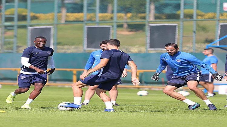 Kasımpaşa'da Konyaspor maçı hazırlıklarını sürüyor
