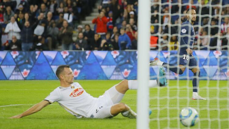 PSG, Angers'i farklı geçti! Neymar'dan 5. maçında 4. gol...