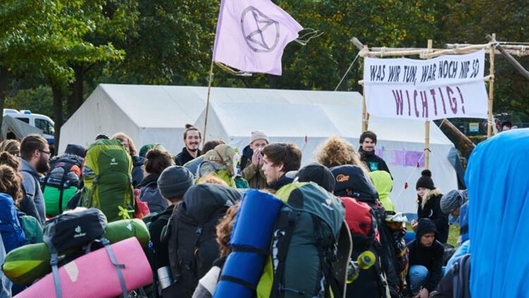 Aktivistler en büyük eyleme hazırlanıyor! Berlin, Londra, Paris...