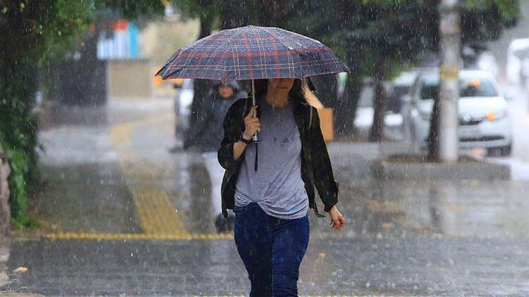Son dakika: İstanbul'da kuvvetli yağış bekleniyor! Ekipler alarmda...