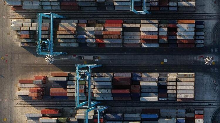 Almanya'nın 2019 ihracat tahmini düşürüldü