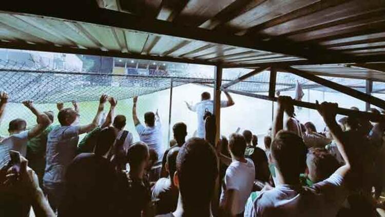 Bursaspora ayrılan tribün UEFAya şikayet edildi