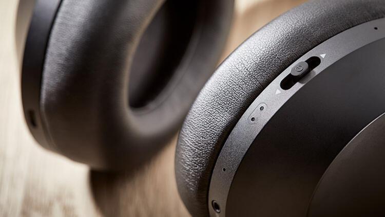 Philips'ten gürültü önleyicili yeni Philips PH805 model kulaklık