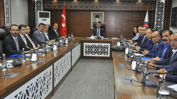 Bakan Kurum'dan, Barış Pınarı Harekatı açıklaması