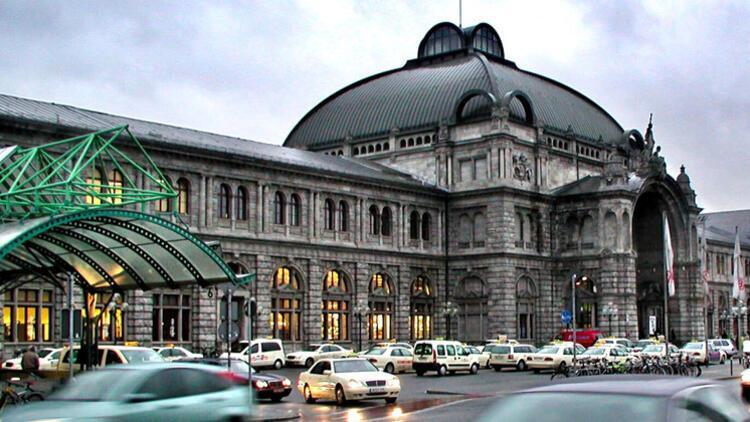 Nürnberg'de 1000 polisle terör tatbikatı