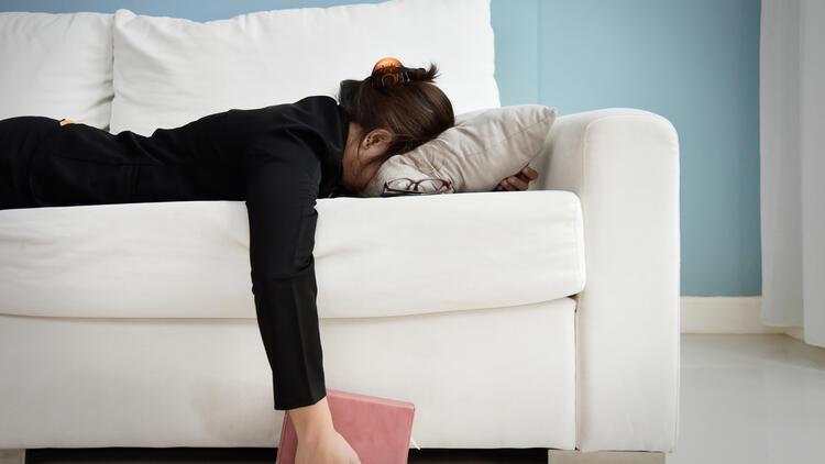 Mutsuzluğun İlacı 'An'da Kalmak ve Şükretmek