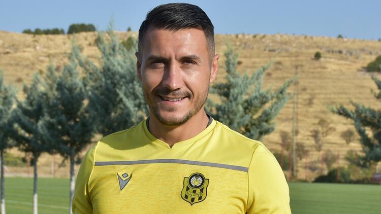 """Adis Jahovic'den krallık yorumu: """"Falcao ve Muriqi..."""""""