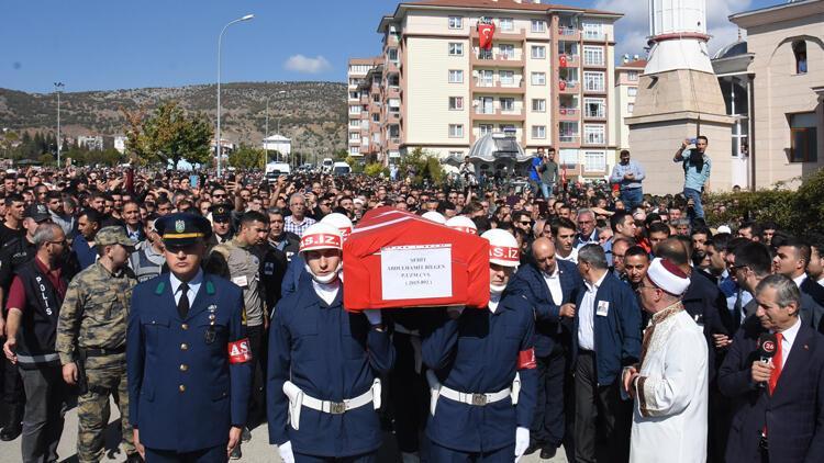 Bilecik'te Şehit Uzman Çavuş Bilgen'i binlerce kişi uğurladı