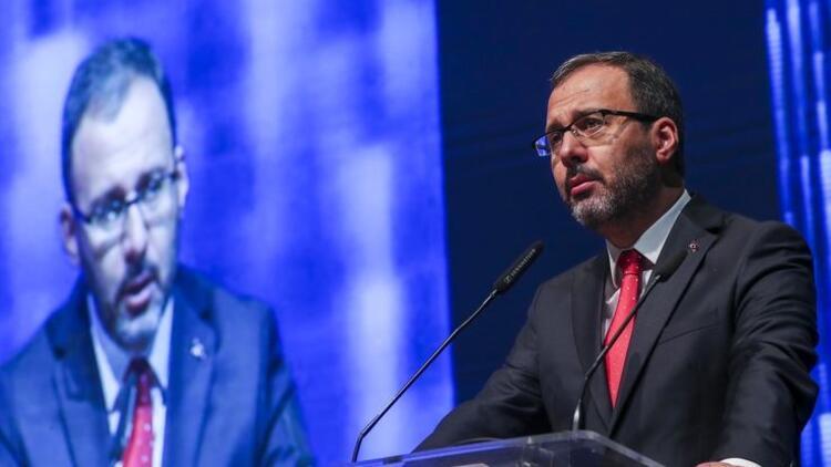 Bakan Kasapoğlu, İbrahim Çolak'ı telefonla arayarak tebrik etti