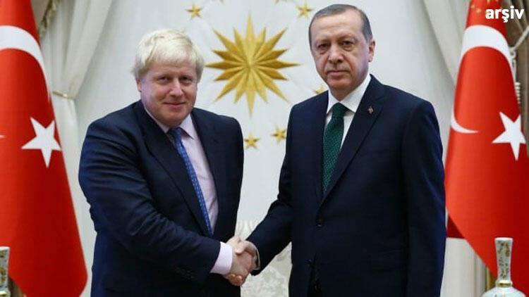 Son dakika... Cumhurbaşkanı Erdoğan, Johnson ile görüştü