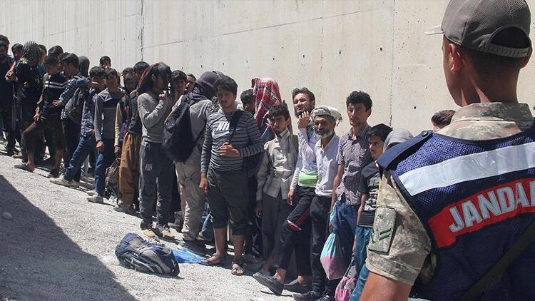 İstanbul Valiliği'nden kaçak göçmen açıklaması