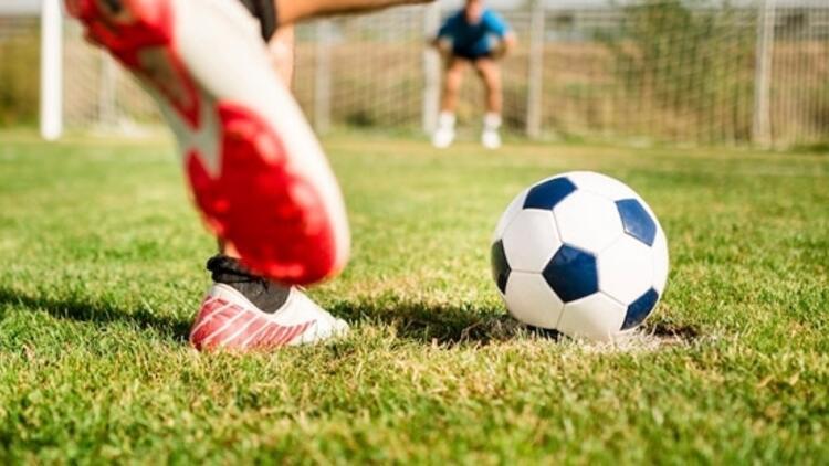 Futbolda haftanın programı! 4 ligde nefes kesen maçlar...