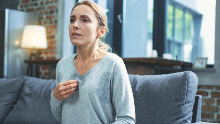 Menopoz Bir Hastalık Değil, Hayatın Bir Evresidir…