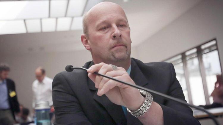 Kassel Valisi katiliyle resmi bağlantısı varmış!