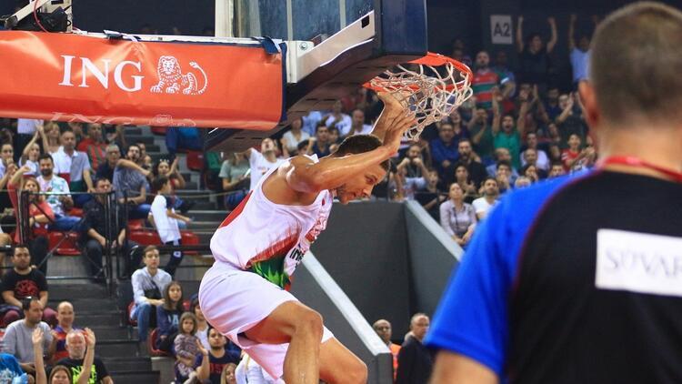 Lider Pınar Karşıyaka, İTÜ Basket'i farklı geçti!