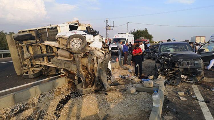 Feci kaza: 1 ölü, başsavcı ve 7 yaralı