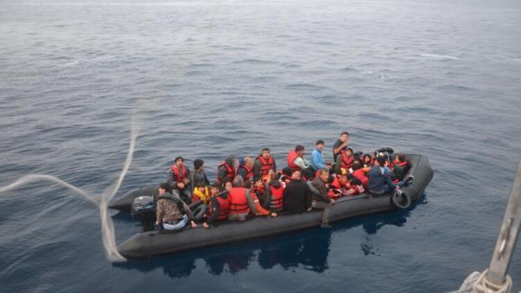 Çanakkale'de 53'ü çocuk 101 kaçak göçmen yakalandı
