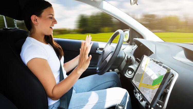 Yandex'in sürücüsüz otomobilleri 1.6 milyon km yol kat etti
