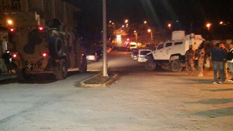 Kağızman'da askeri aracın geçişi sırasında patlama: 5 asker, 3 güvenlik korucusu yaralı
