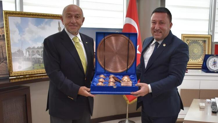 TFF Başkanı Özdemir'den, Beyoğlu'na ziyaret