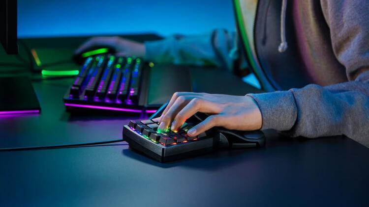 Razer, oyun kontrolünü iyileştiren Tartarus Pro'yu tanıttı