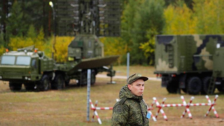 Son dakika... Rus askeri üssünde silah sesleri: Ölü ve yaralılar var