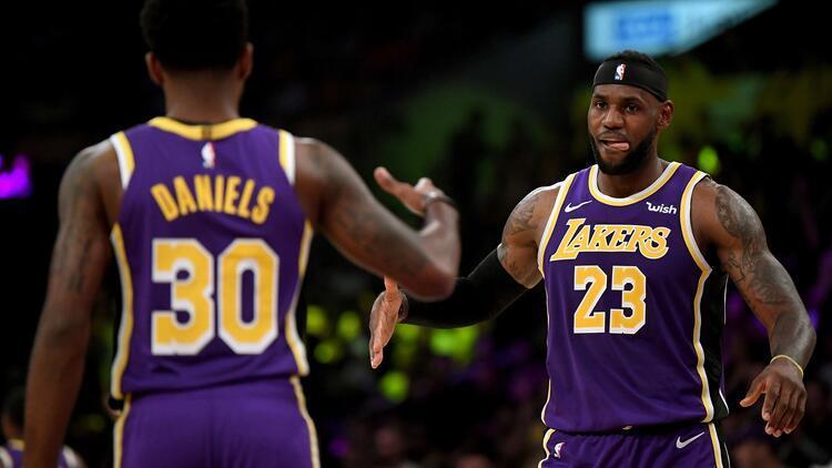 LA Lakers, sezonun ilk galibiyetini aldı! Utah Jazz'ı 95-86 yendi...