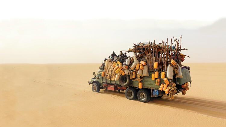 Ölüme yolculuk! Nuh'un gemisi gibi mülteci kamyonu