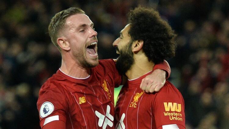 Liverpool Tottenham'a avans verdi!