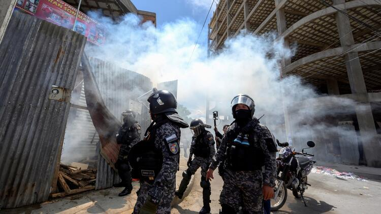 Bolivya'da sokak olayları sürüyor: 39 yaralı