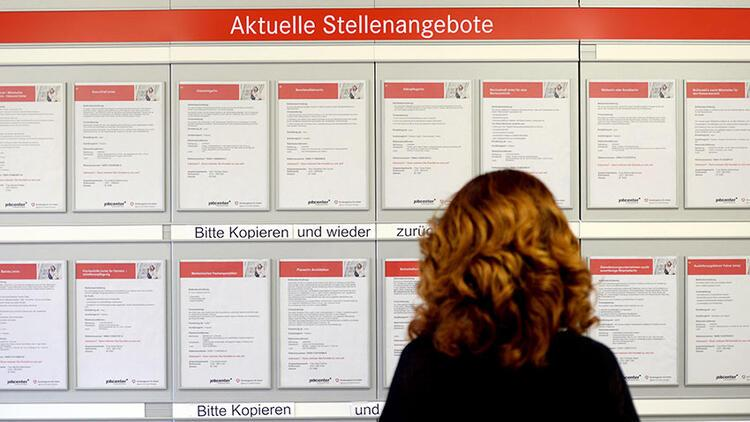 Almanya'da işsiz ve fakirlik azaldı