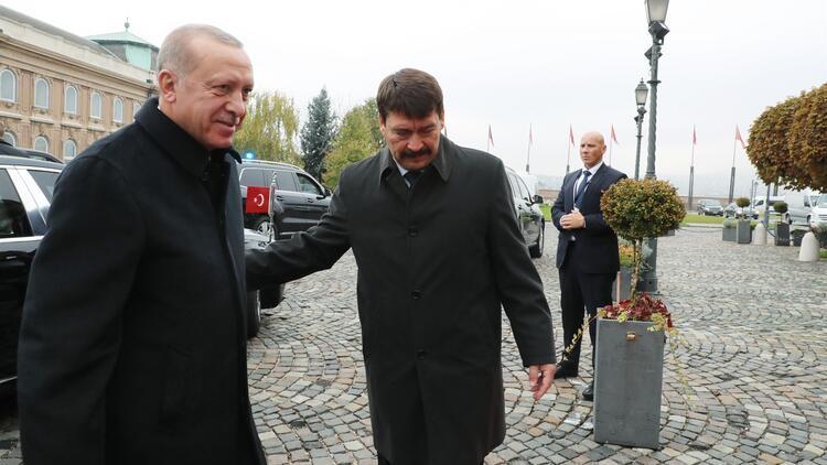 Son dakika... Cumhurbaşkanı Erdoğan Macaristan'a geldi