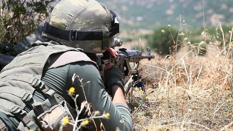 Ağrı'da PKK'ya ağır darbe! 8 terörist etkisiz hale getirildi...