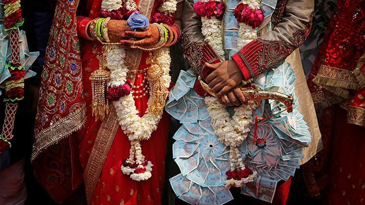 Hindistan'da genç çift kast dışı evlilik yaptıkları gerekçesiyle taşlanarak öldürüldü