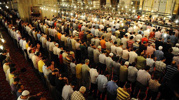 Kandil günü okunacak dualar nelerdir? Mevlid Kandili duaları