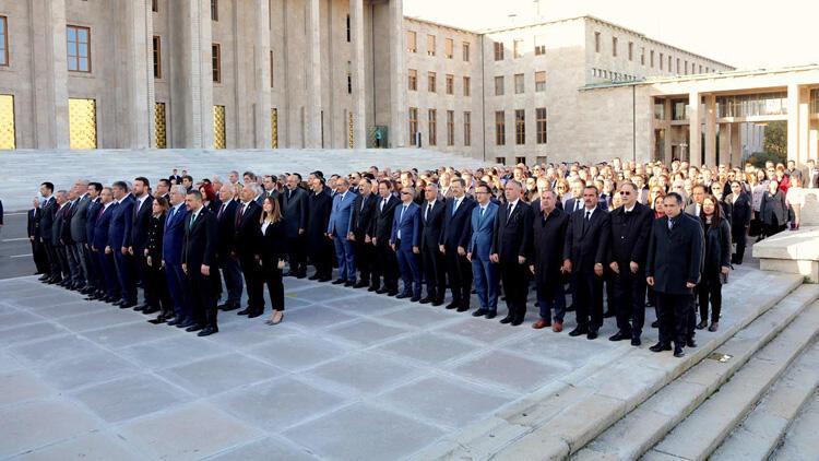 Atatürk, TBMM'de törenle anıldı