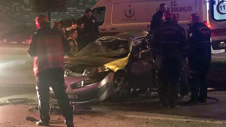 Adapazarı'nda kazada bir aile yok oldu: 3 ölü, 7 yaralı