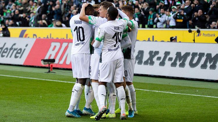 Mönchengladbach liderliğini korudu