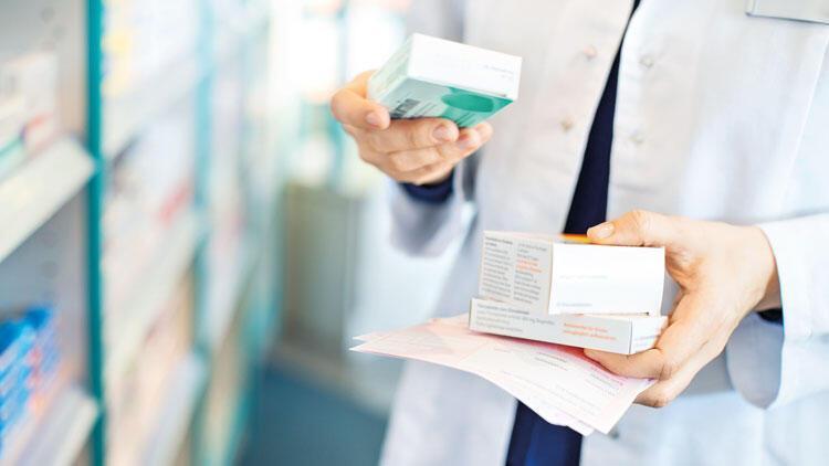 Cezaevlerinde ilaç var eczacıya ödeme yok