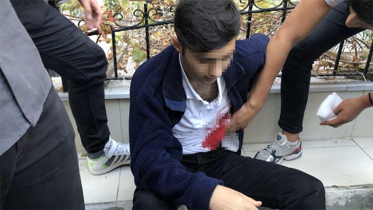 Avcılar'da lise öğrencilerine bıçaklı saldırı