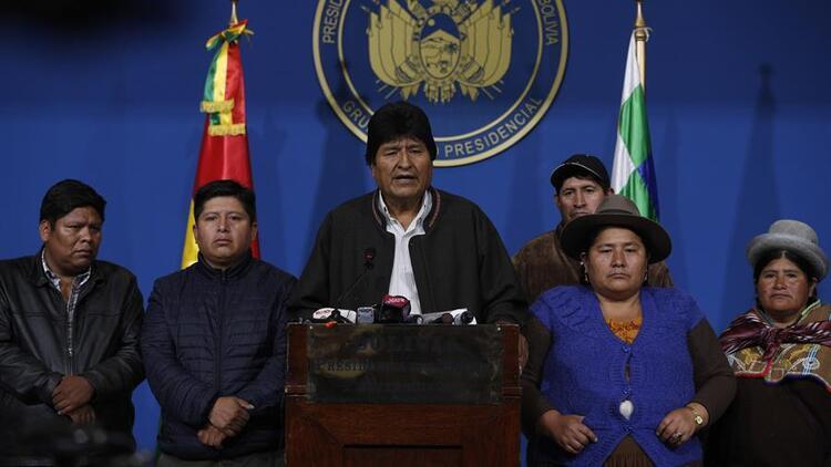 Bolivya'nın istifaya zorlanan lideri, Meksika'ya iltica etti