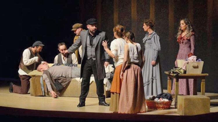 Dostoyevski'yi Ruslara sahnelediler