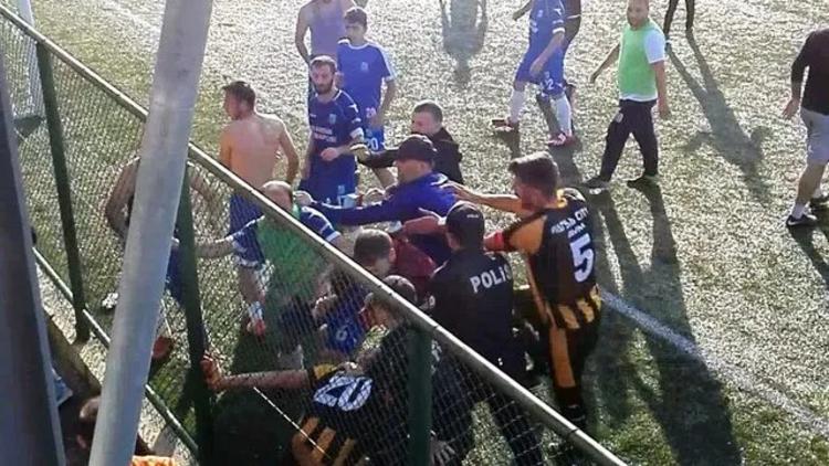 Amatör maçta kavga çıktı! 9 oyuncuya seyirden yasaklama tedbiri...