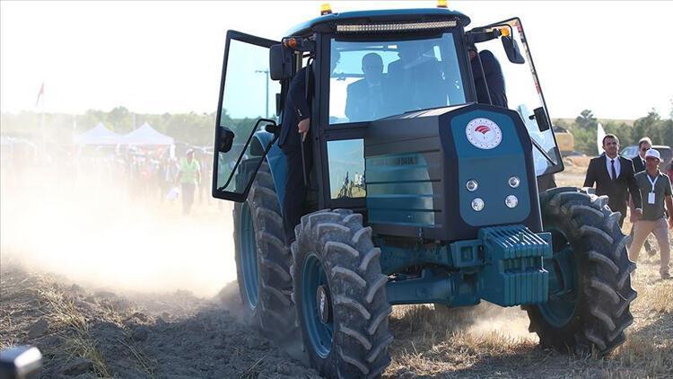 Bakan açıkladı Elektrikli traktör için delikanlı aranıyor