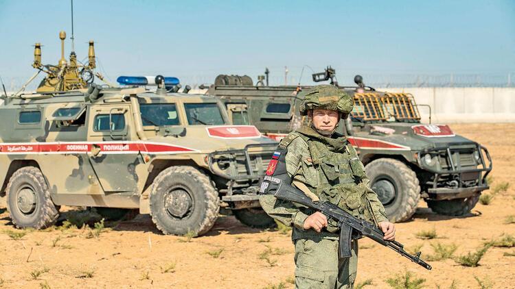 Kobani'deki üs el değiştirdi: ABD gitti, Rusya geldi