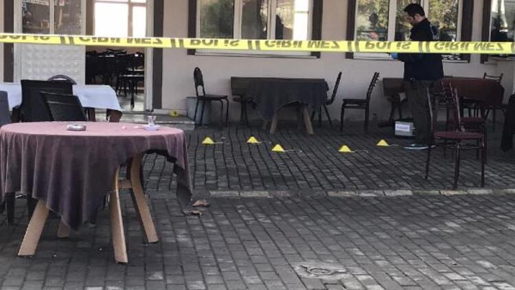 Kahvede kavga: 2 yaralı
