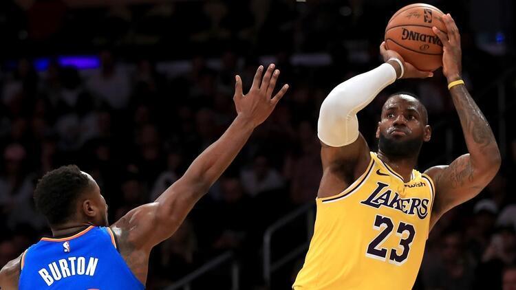 Yok artık LeBron James! 30 takımın tümüne triple-double...
