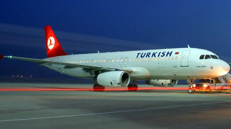 THY uçağı pistten çıktı; yolcular tahliye edildi