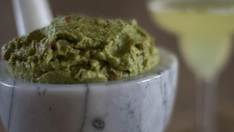 Guacamole sos (avokado sos) nasıl yapılır?
